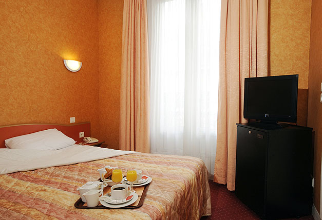 Paris hotel auriane porte de versailles charming hotel - Auriane porte de versailles hotel paris ...